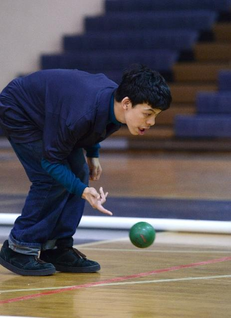 Simone+Lowenstein+uses+laser+focus+to+roll+his++bocce+ball.