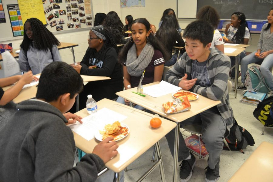 Spanish and ESOL departments host 'Intercambio'